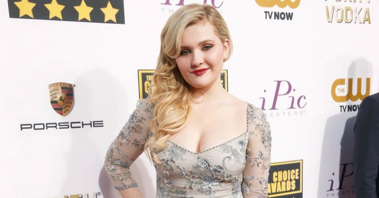 Abigail Breslin Age, Height & Weight
