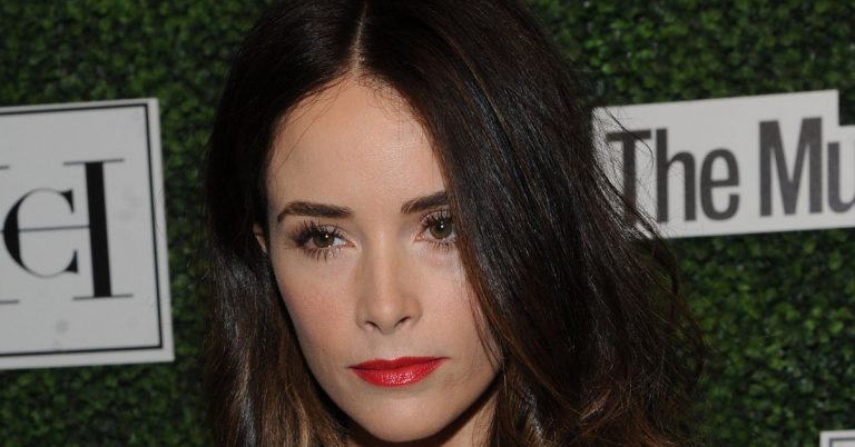 Abigail Spencer Height, Age, Movies, Net Worth