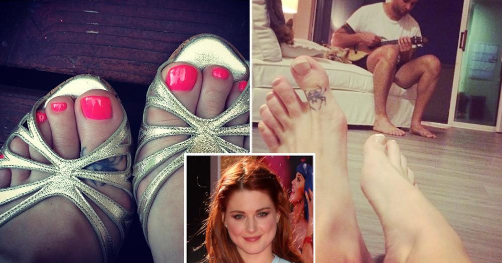 Alexandra Breckenridge spider tattoo on her feet