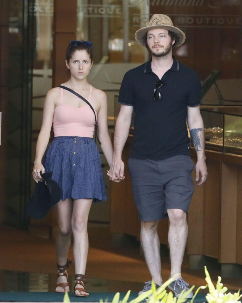 Anna Kendrick and future husband Ben Richardson
