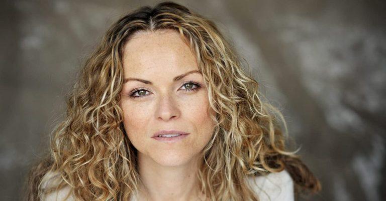 Anna-Louise Plowman Bio, Height & Age