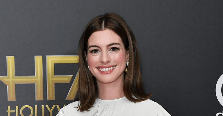 Anne Hathaway Bio, Height, Age, Net worth