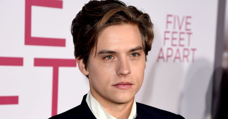 Cole Sprouse Height, Age, Net Worth, Facts, Girlfriend