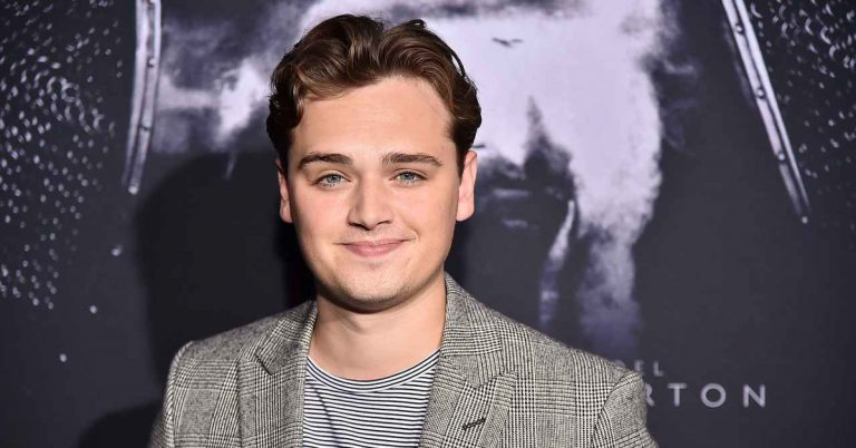 Dean-Charles Chapman Height, Age, Movies, Net Worth