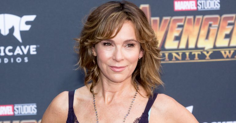 Jennifer Grey Height, Age, Movies, Net Worth, Plastic Surgery