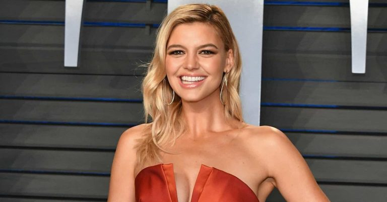 Kelly Rohrbach Height, Weight, Age, Movies, Net Worth