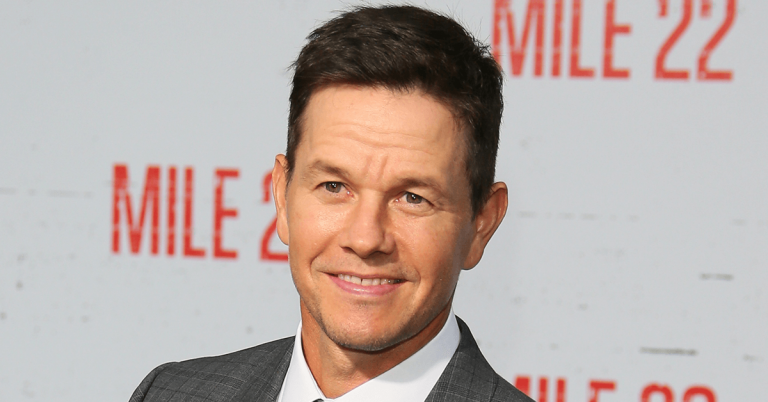 Mark Wahlberg Bio, Height, Age, Net Worth