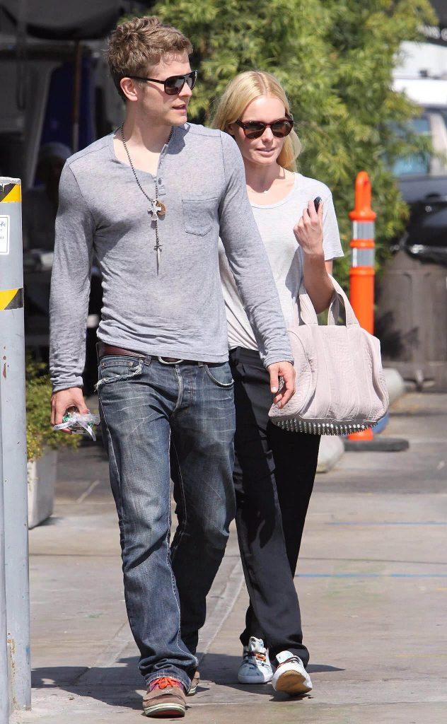 Matt Czuchry with girlfriend Kate Bosworth