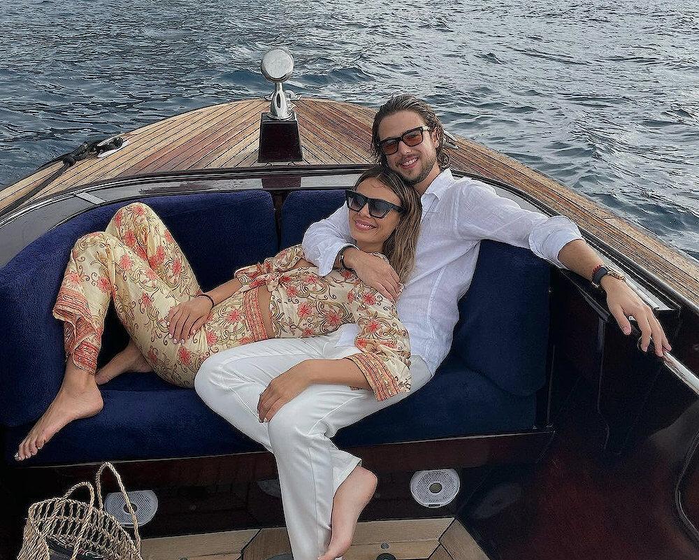 Nathalie Kelley with boyfriend Andrès Alonso