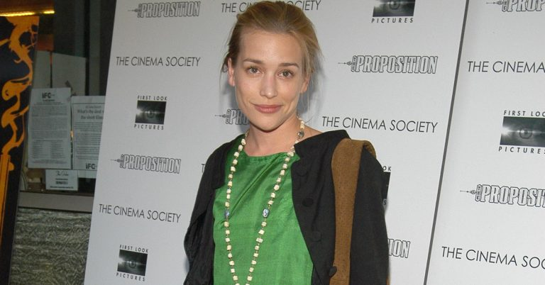 Piper Perabo Height, Age, Movies, Net Worth, Facts, Husband