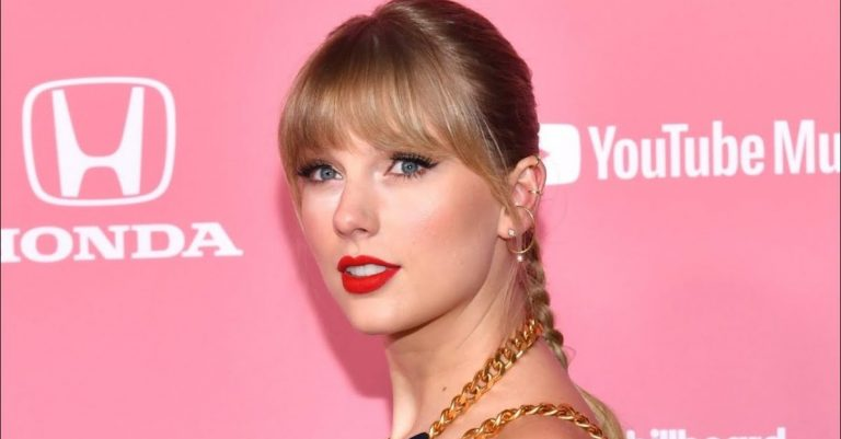 Taylor Swift Height & Weight
