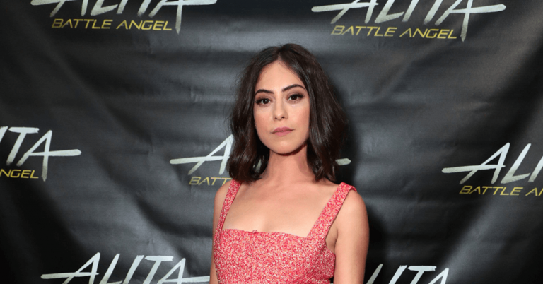 Rosa Salazar Bio, Height, Age, Net Worth